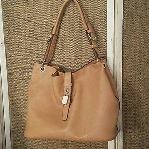 Charming charlie large tote w/makeup bag